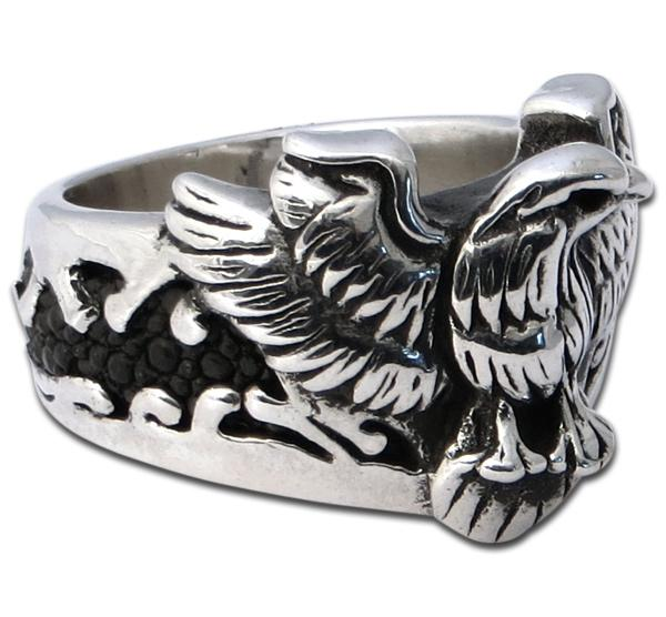 Dicker Adler-Ring mit Stachelrochenleder