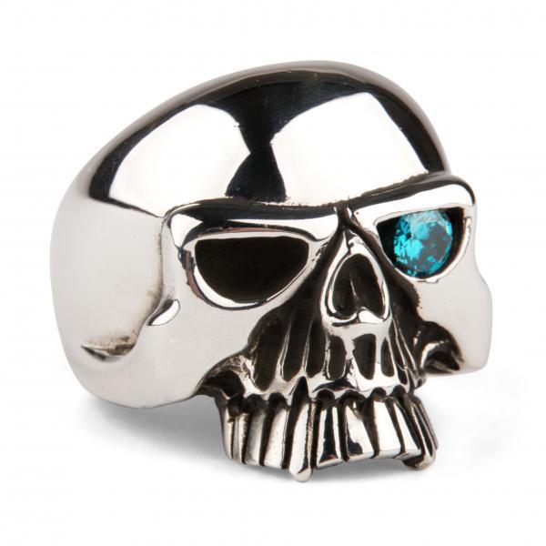 Klassischer Totenkopf Ring mit türkisem Stein