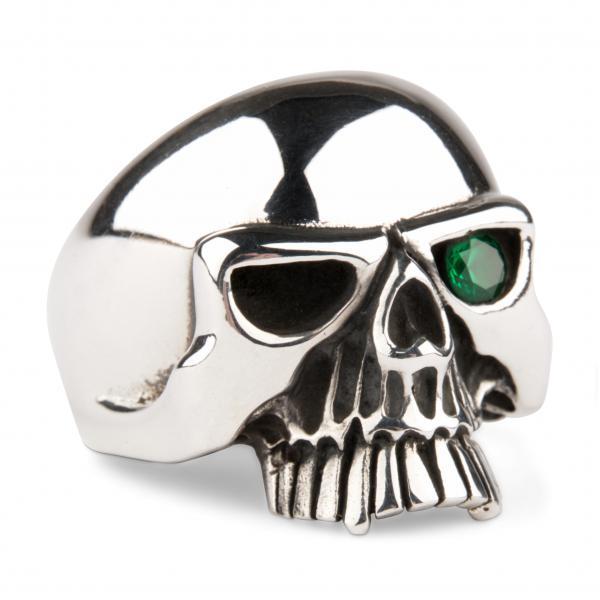 Klassischer Totenkopf Ring mit Zirkonia - Smaragd