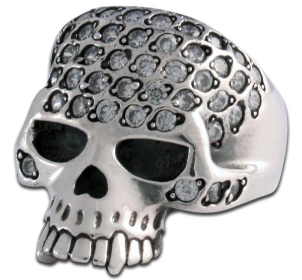 Totenkopf Ring mit 58(!) Zirkonia Kristallen!