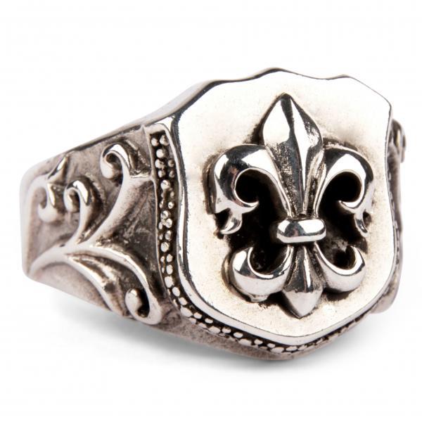 Massiver Fleur-de-Lis Ring, Medium