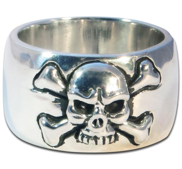 Wide Bandring With Classic Pirates-Skull